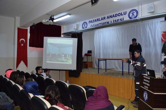 Öğrencilere ve kamu personeline temel afet bilinci eğitimi verildi