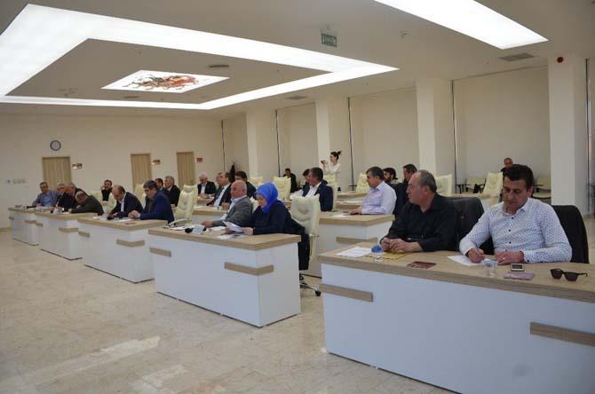 Bilecik Belediye Meclisi'nde CHP grubunun soru önergeleriyle ortam gerildi