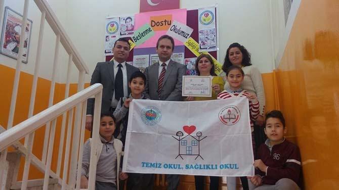 """Süleyman Havva Kamışlı İlkokulunda ''Beslenme Dostu Okul Sertifikası"""" sevinci"""