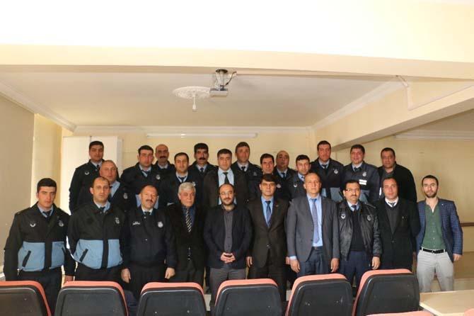"""Bitlis Belediyesinden """"Etkili İletişim"""" semineri"""