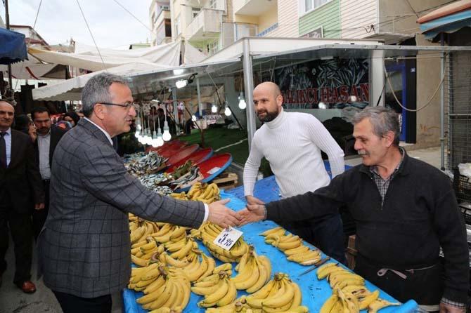 Başkan Köşker, esnaf ve vatandaşları ziyaret etti