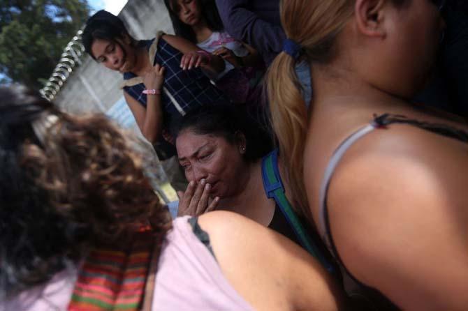 San Jose Pinula kimsesiz kızlar yurdunda 21 kız yanarak öldü