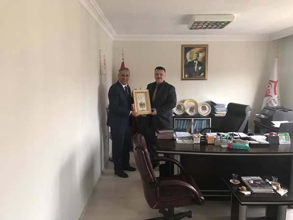 Başkan Yaman, Aile ve Sosyal Politikalar İl Müdürü Akgül ile bir araya geldi