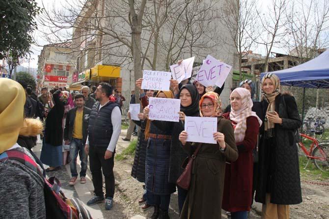 Başbakan Yıldırım cuma namazını Düzce'de kıldı