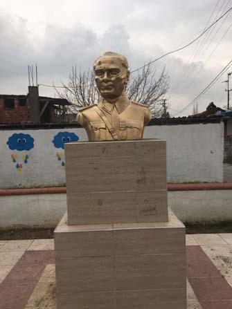 Kocagür Mahallesi'ndeki Atatürk büstü onarıldı