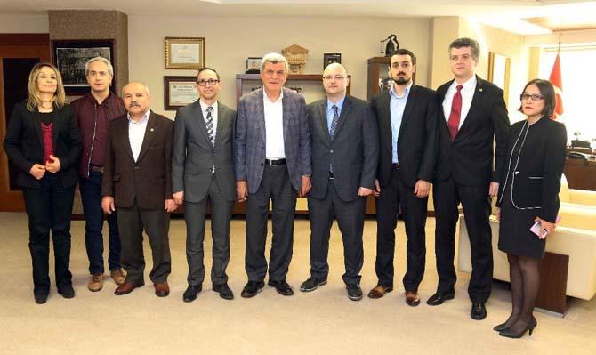 Başkan Karaosmanoğlu, Eğitim Bir-Sen Kocaeli 2 No'lu Şube yönetimini ağırladı