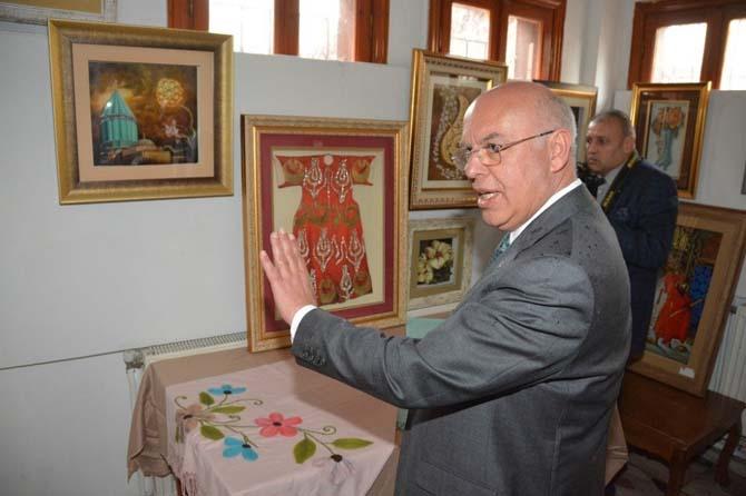 Başkan Eşkinat Tekirdağspor Başkanı Nallar'la birlikte sergi açtı