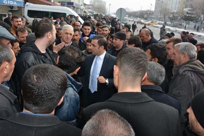 Belediye Başkan Vekili Alibeyoğlu, halk arasında