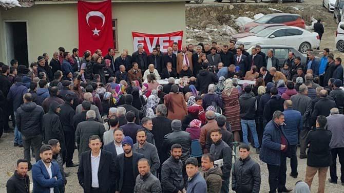 AK Partili Çalık Edremit halkıyla buluştu