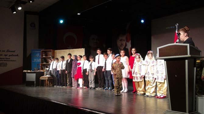 Antalya'da İstiklal Marşı'nın kabulü ve Mehmet Akif Ersoy anıldı