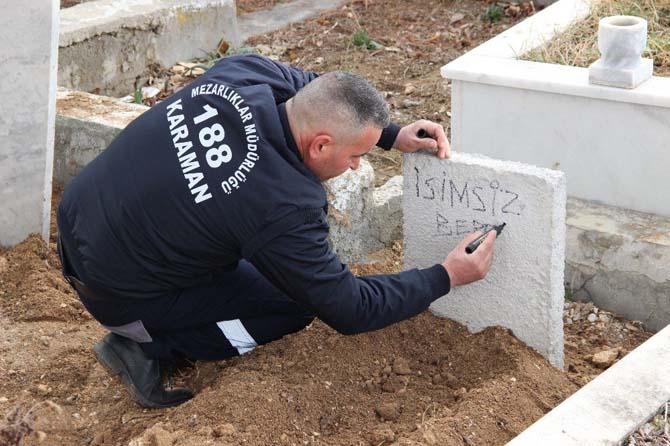 Balkonda ölü bulunan bebek kimsesizler mezarlığına gömüldü