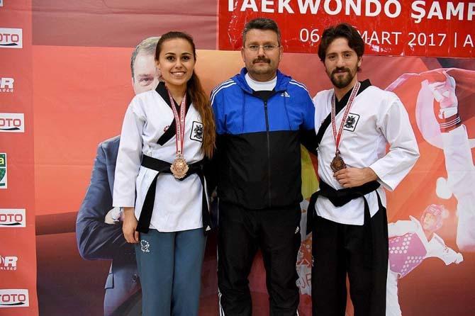 Taekwondo'da Kastamonulu sporculardan Türkiye üçüncülüğü