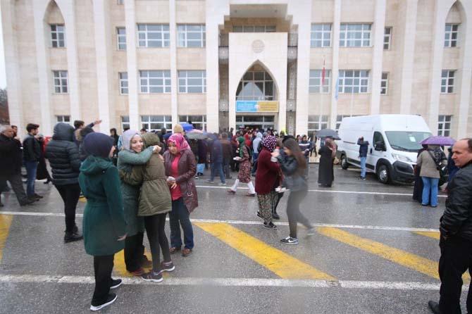 Beyşehir'de YGS'ye katılan öğrencilere ve velilere çorba ikramı
