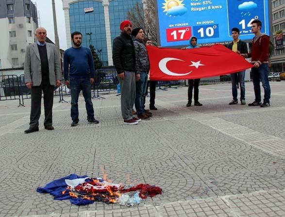 Samsun'da Hollanda bayrağı yakıldı