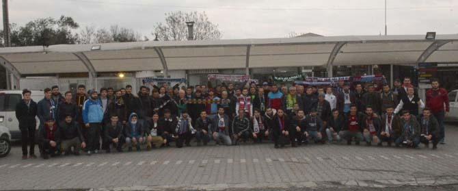 Akhisar Belediyespor taraftarları örnek olmaya devam ediyor