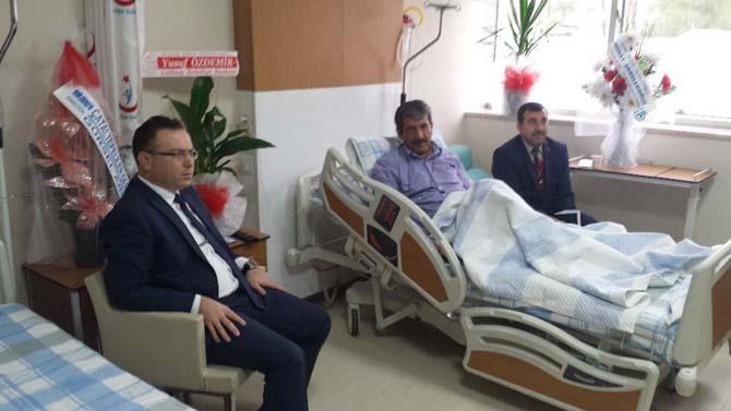 Kaymakam Zederoğlu hastaları ziyaret etti