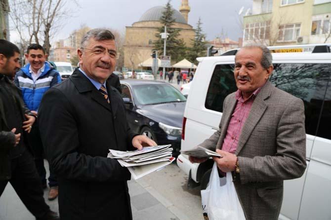 Başkan Akdoğan 'evet' için kenti adım adım geziyor