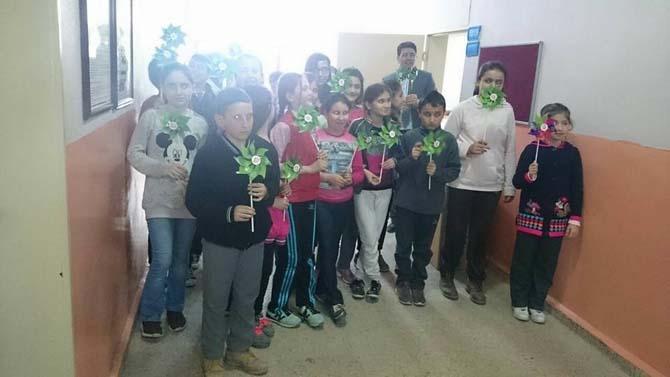 Öğrencilere yenilenebilir enerji kaynakları konulu bilgilendirme semineri