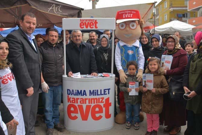 Başkan Baran, 'Evet' kampanyası için mahalle turunda