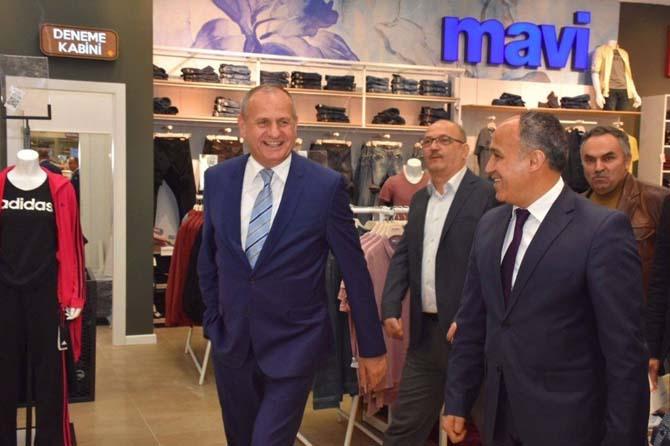 Başkan Keleş Özdilek Alışveriş Merkezinde inceleme yaptı