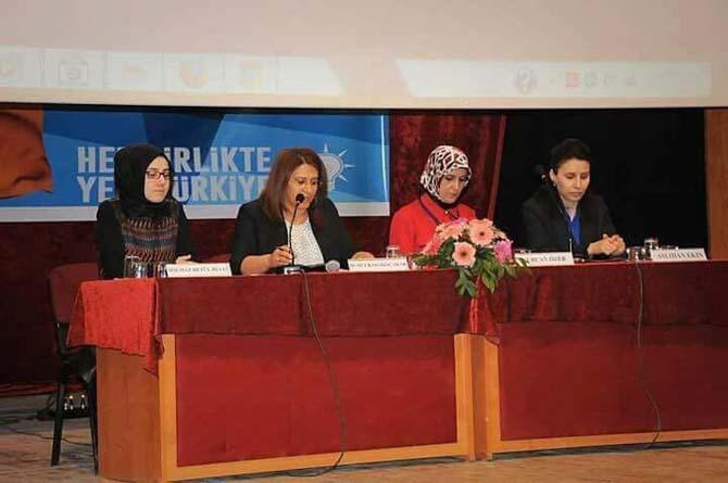 AK Parti İl Başkanı Mustafa Kendirliden partili kadınlara jest