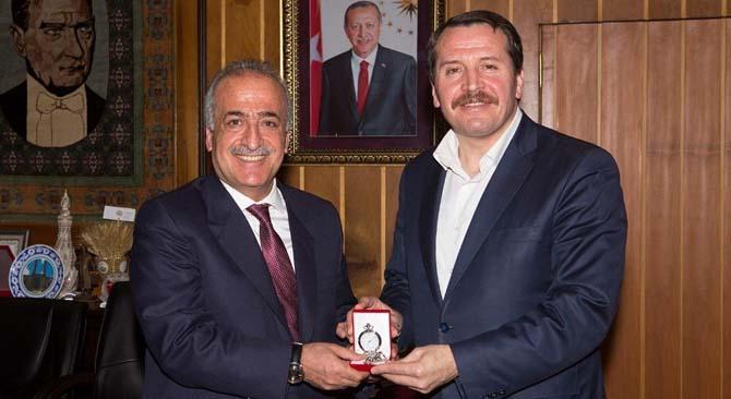 Memur-Sen Genel Başkanı Ali Yalçın'dan, Rektör Çomaklı'ya ziyaret
