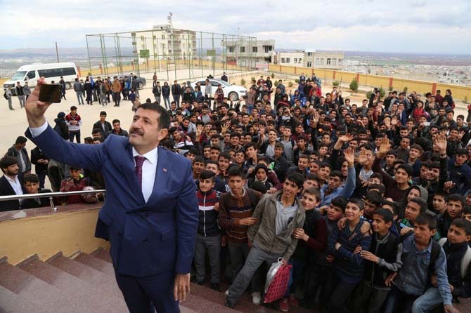 Başkan Ekinci öğrencilerle bir araya geldi
