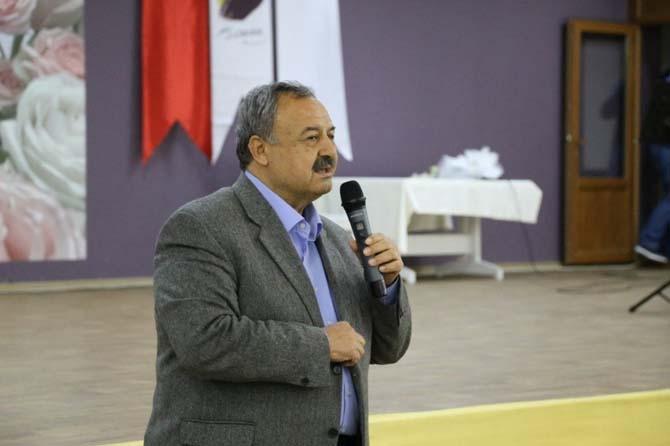 Burhaniye'de belediye sağlıkçıları yemekte buluşturdu