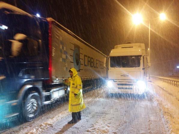 Çorum-Samsun karayolu trafiğe kapandı