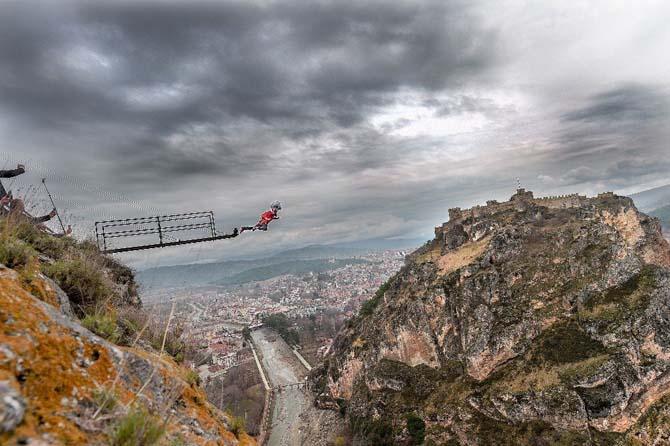 Sinop'ta 135 metreden nefes kesen atlayış