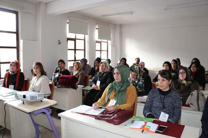 Çiftçi kadınlara yönelik girişimcilik eğitimleri tamamlandı