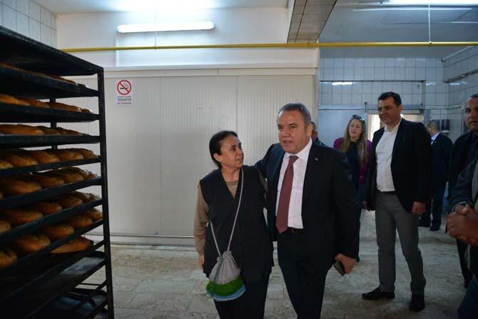 Başkan Böcek, Halk Ekmek Fırınını denetledi