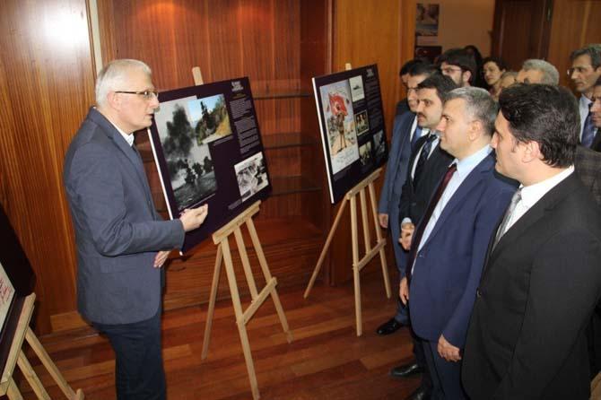 '18 Mart Zaferi ve Kahramanları' konulu fotoğraf sergisi
