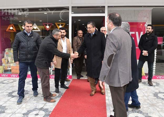 Başkan Tiryaki siteler esnafını ziyaret etti