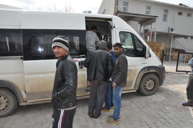 Çanakkale'de 50 kaçak yakalandı