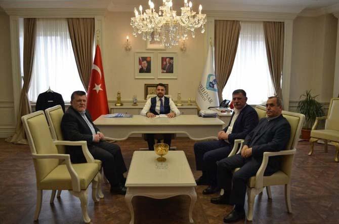 Başkan Duymuş ve meclis üyeleri Ankara'da temaslarda bulundu