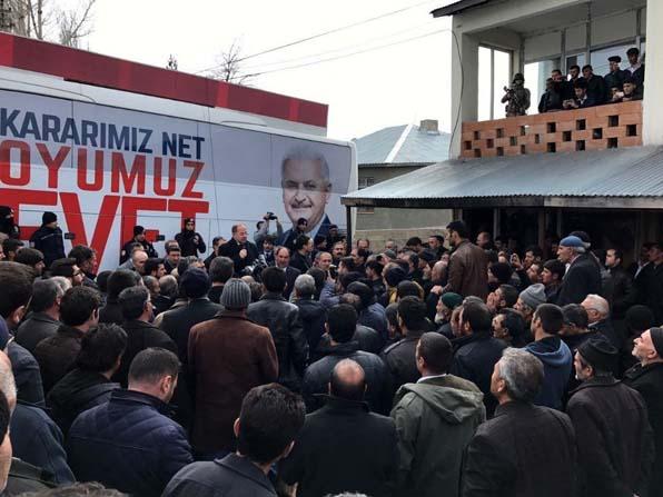 """Bakan Akdağ: """"Kılıçdaroğlu'nun yanında HDP, arkasında PKK, onun yanında FETÖ var"""""""