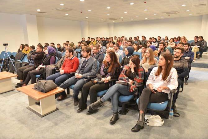 'Büyük Veri ve Programlamanın Önemi' adlı etkinlik SAÜ'de düzenlendi