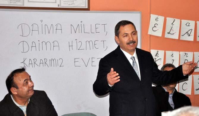 """Başkan Uysal """"Her evet, Türkiye'yi ileriye taşıyacak"""""""
