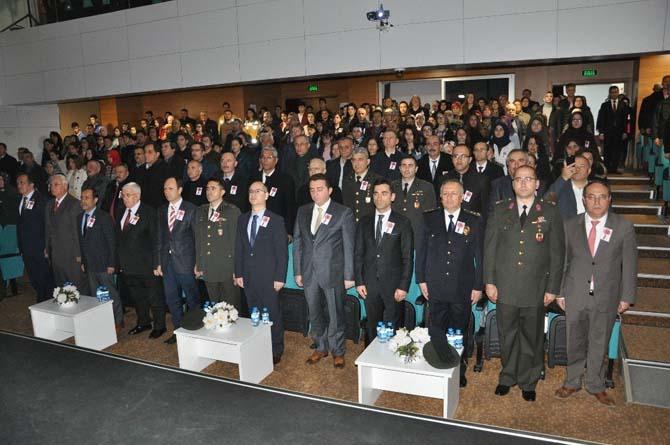 Bozüyük'te Çanakkale Zaferinin 102. yıl dönümü törenleri