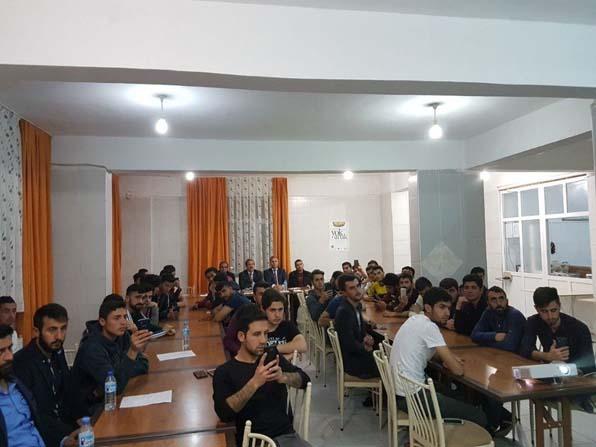 Adilcevaz KYK yurdunda Çanakkale şehitlerini anma programı