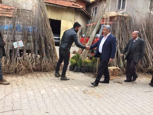 Hisarcık AK Parti teşkilatı 'evet' için pazara indi