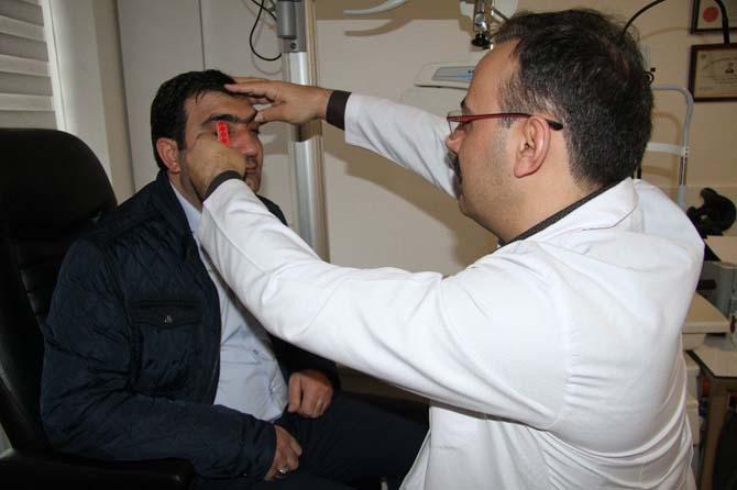 Uzmanlardan 'Göz kapağı düşüklüğü' uyarısı