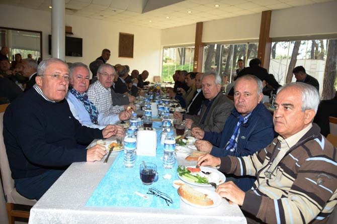 Emniyet Müdürü Uzunkaya, Emekli Emniyet Müdürleri ile buluştu
