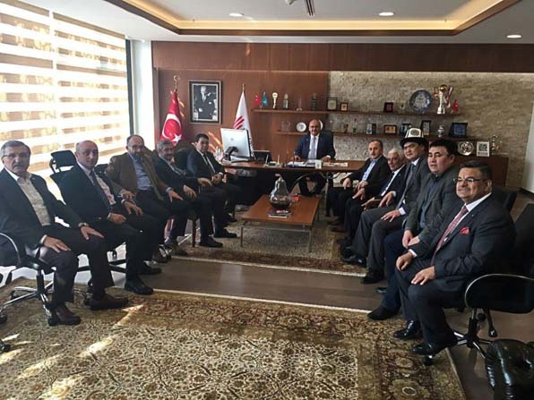 Başkan Üzülmez, TDBB Yönetim Kurulu toplantısına katıldı