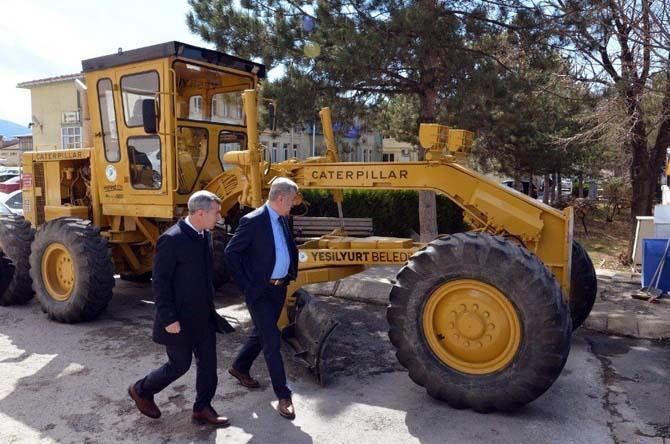 Yeşilyurt Belediyesi araç filosunu güçlendiriyor