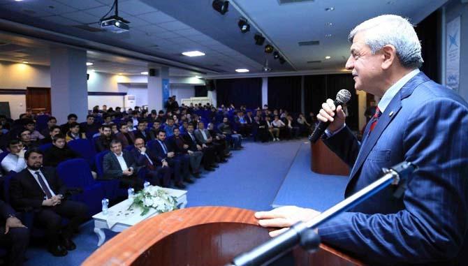 Başkan Karaosmanoğlu, Genç Türkiye Kongresi Kocaeli İl Çalıştayına katıldı