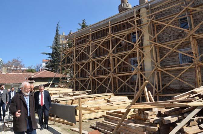 Soğukpınar Camii restorasyon çalışmaları