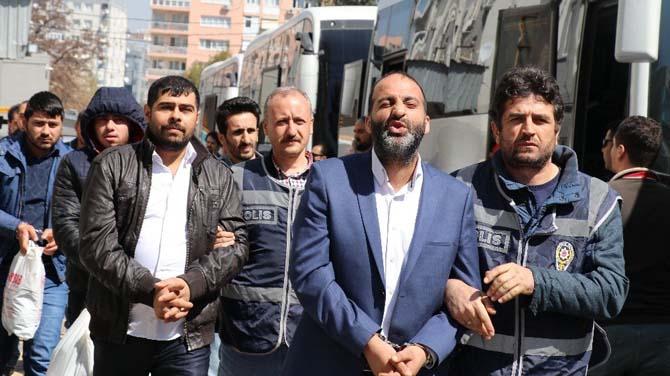 İzmir'de çete üyesi 47 kişi gözaltına alındı