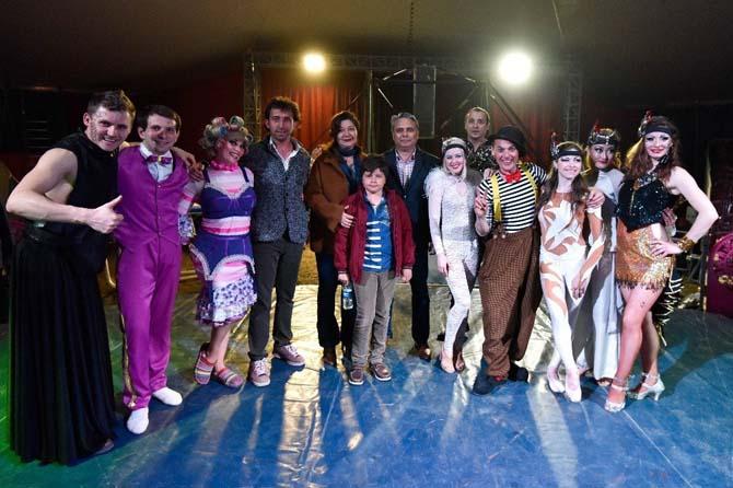Hayvansız sirk Muratpaşa'nın desteğiyle Antalya'da